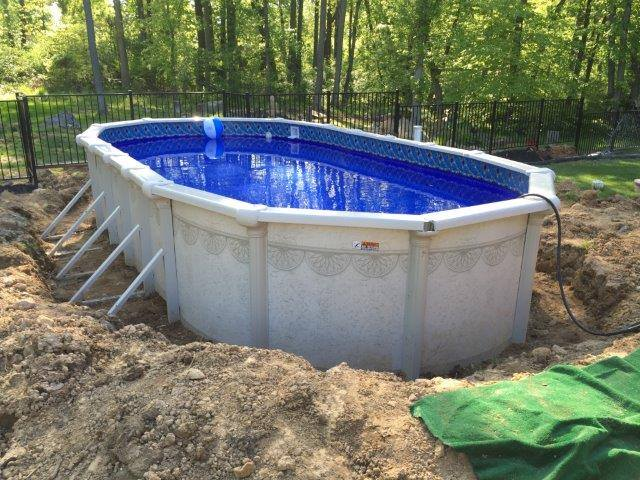 Buttress Vs Buttress Free Oval Swimming Pools